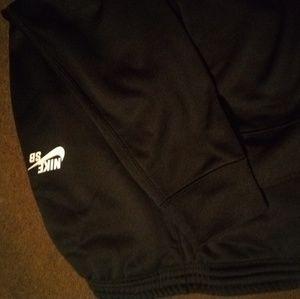 Nike sweat pants dri fit boys size sm
